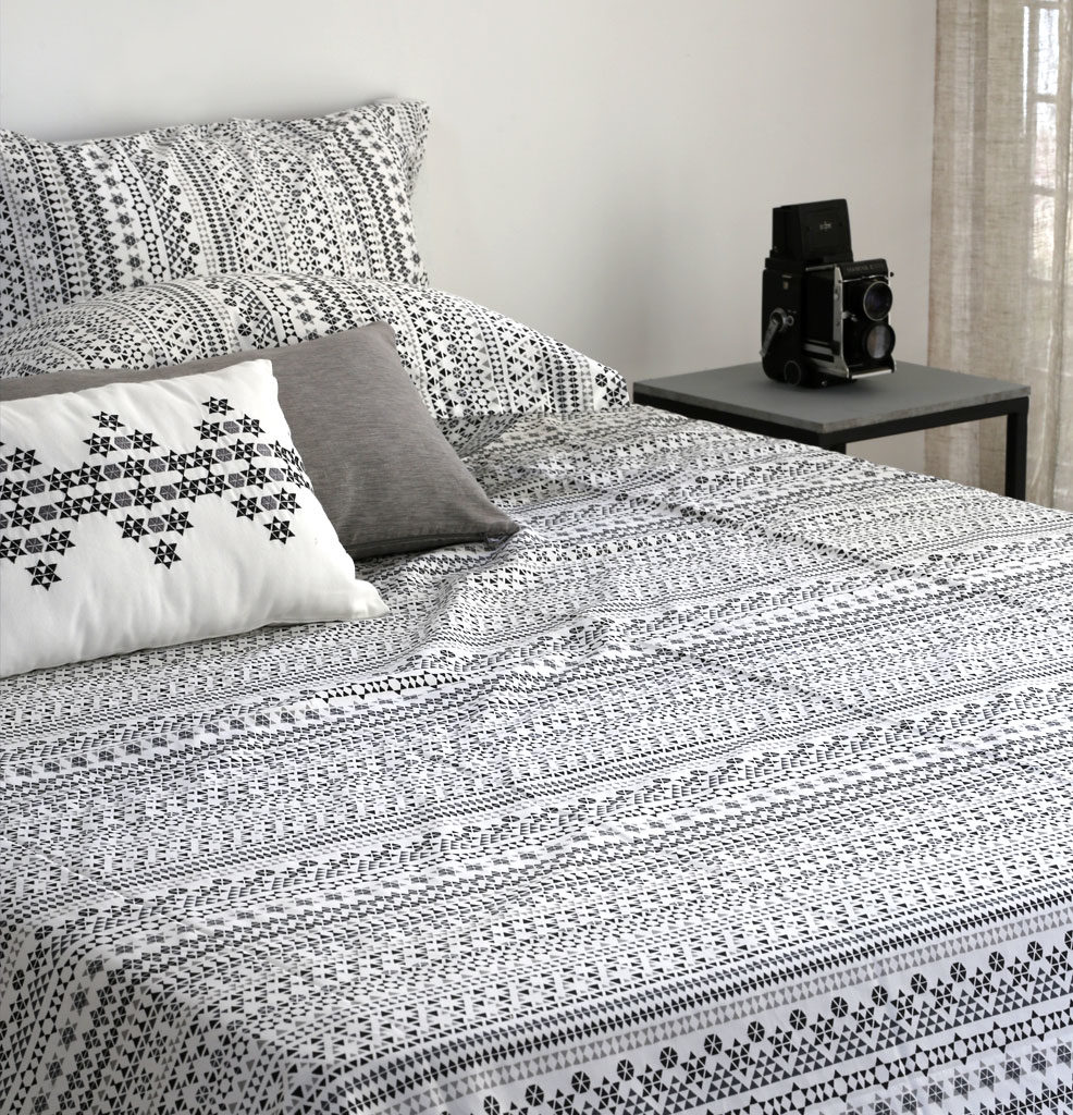 Mosaic Print Cotton Bed Sheet - Black- With 2 pillow ...