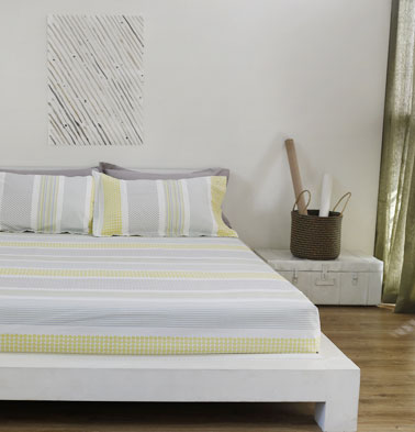 Broad Border Cotton Bedsheet – Yellow- With 2 pillow covers